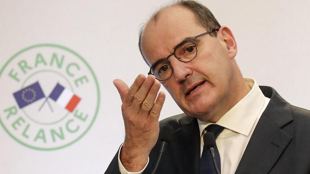 Francia, il primo ministro Castex ammette di non aver scaricato l'app di tracciamento contatti