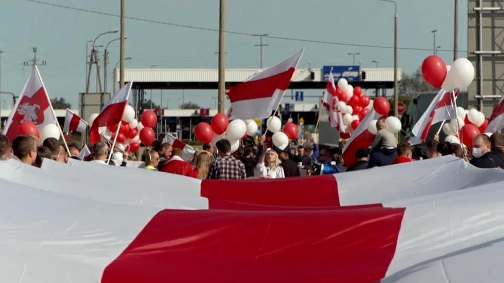 Polacos solidários com bielorrussos