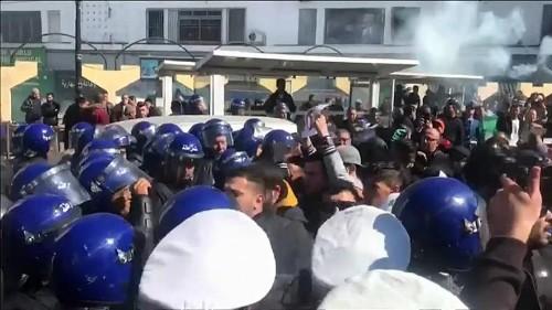 Algérie : manifestations contre un 5e mandat d'Abdelaziz Bouteflika