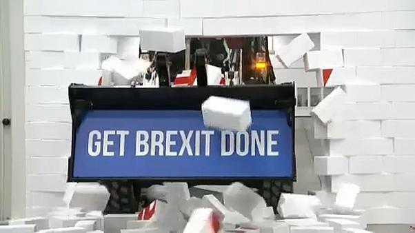 Bulldozer und andere Methoden: Wahlkampfendspurt in Großbritannien