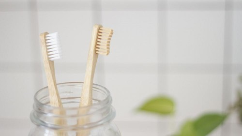 Top 10 Plastic Free Swaps for your Dental Routine
