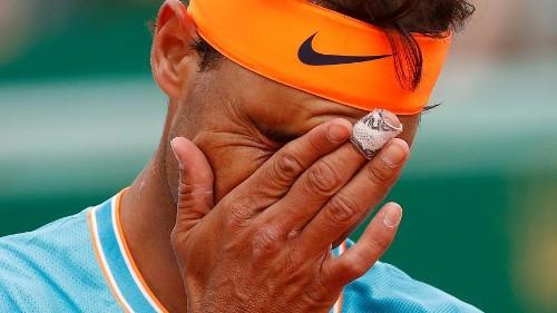 Rafael Nadal tombe de son rocher