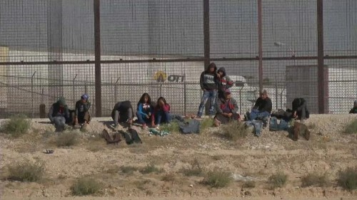 Cold welcome for migrant caravan at US border