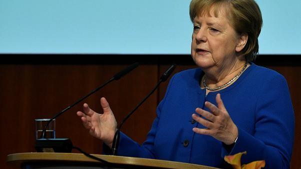 Merkel in Umfrage nur auf Platz 2 - Doch wer ist Nummer 1?