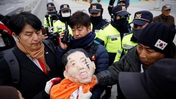 Güney Kore: Trump'ın ABD askerleri için daha fazla para talep etmesine protesto
