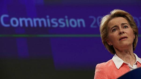 حقيبةٌ جديدة في المفوضية الأوروبية تثير ضجّةً في الأوساط السياسية