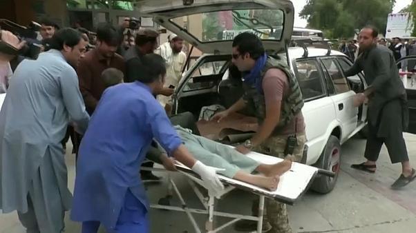 Múltiplas explosões numa mesquita afegã