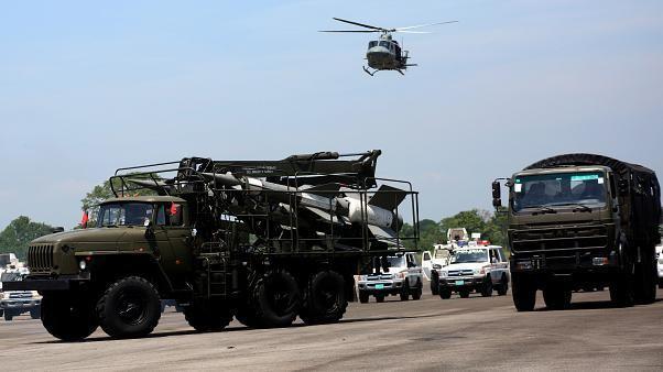 Manöver an kolumbianischer Grenze: 150.000 venezolanische Soldaten in Alarmbereitschaft