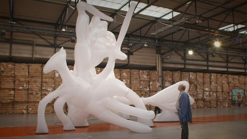15. Kunstbiennale in Lyon: Glamrock und steinfressende Bakterien
