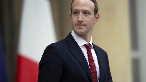 Democratic senator says tech companies should offer 'privacy-friendly' versions