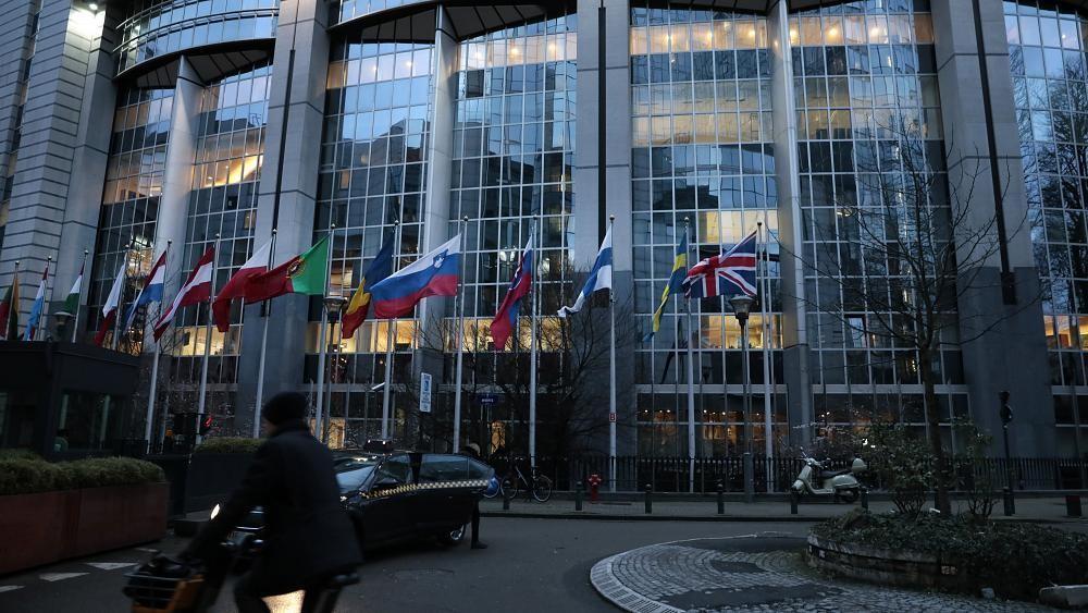 الاتحاد الأوروبي يدعو واشنطن إلى إعادة النظر في قرارها بقطع العلاقة مع منظمة الصحة