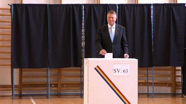 Rumänien: Präsident Johannis gewinnt, muss aber am 24.11. in Stichwahl