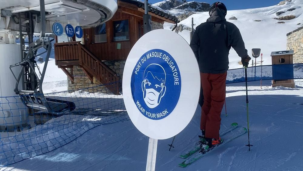 French ski season begins under threat of COVID-19