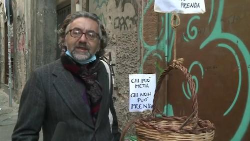 Il canestro solidale per salvare l'Italia