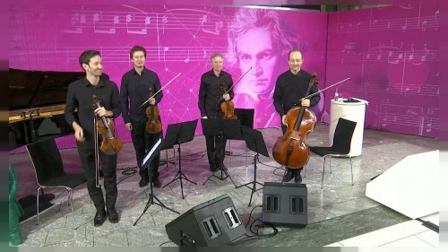 Artificial intelligence is writing Beethoven's unfinished symphony