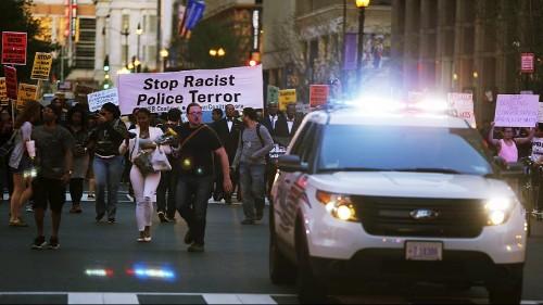 مظاهرات في مدن أميركية تطالب بالقصاص من الشرطة