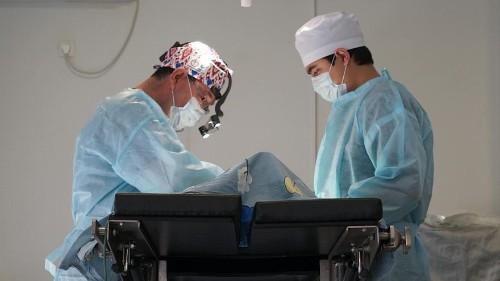 Kyrgyz women turn to plastic surgery to get 'European eyes'