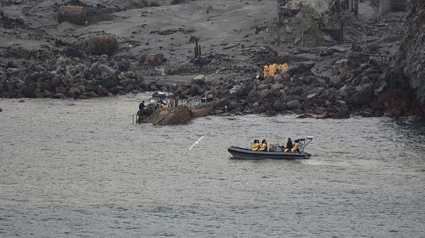 Nuova Zelanda, recuperati corpi delle vittime del vulcano