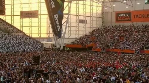 شاهد:الآلاف احتشدوا بنية تذكر ضحايا الهجوم الإرهابي في نيوزيلندا