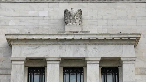 Reserva Federal dos EUA sinaliza possível descida de taxas de juro