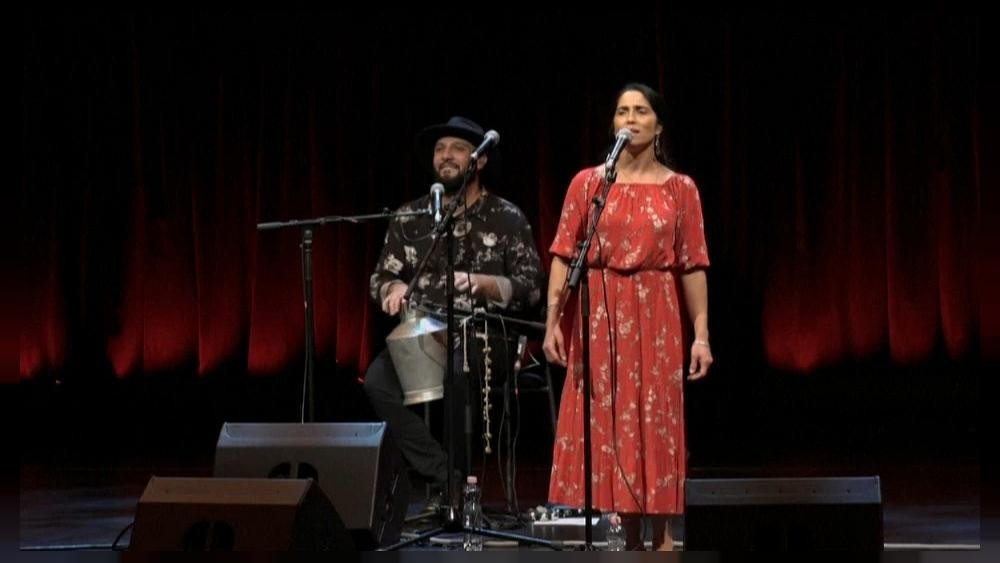 Mónika Lakatos, chanteuse tsigane, est récompensée à l'international