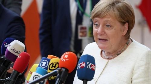 LIVE   Angela Merkel spricht beim EU-Gipfel. Unter anderem werden heute Fortschritte bei der Suche nach einer Nachfolge für Jean-Claude Juncker erwartet.