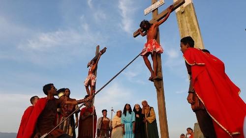 Venezuela: Easter Passion re-enactment in impoverished Caracas neighborhood