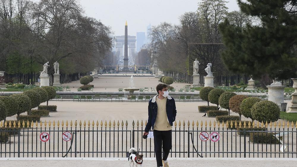 Coronavirus : plus 10 000 morts en France, le confinement se durcit lo