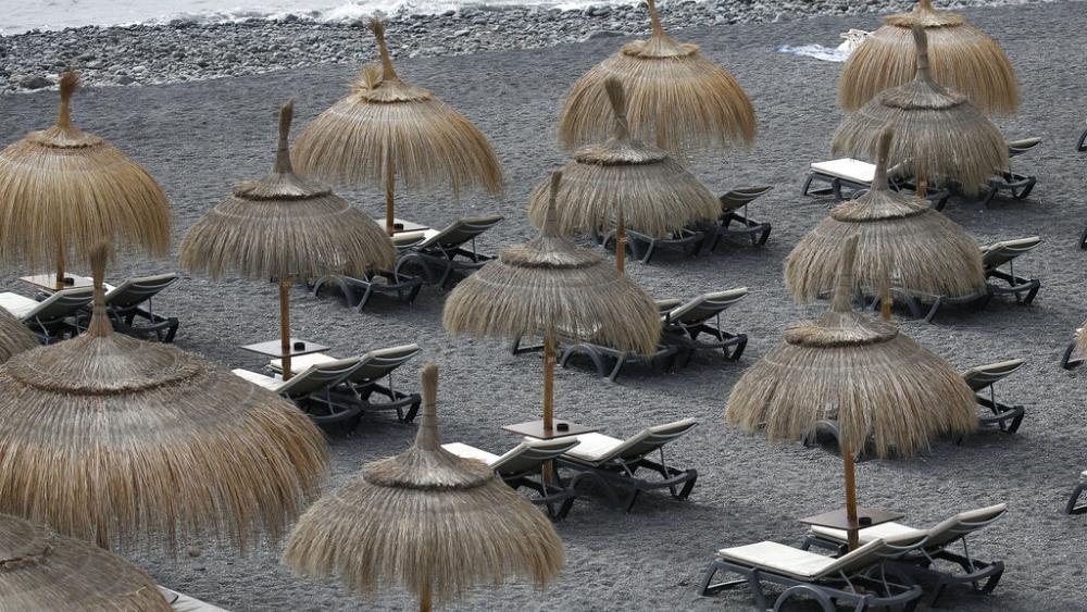 Keine Reisewarnung mehr für Kanaren, aber Schweiz und Toskana sind Risikogebiet