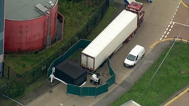 Migrants morts dans un camion : l'enquête sera complexe