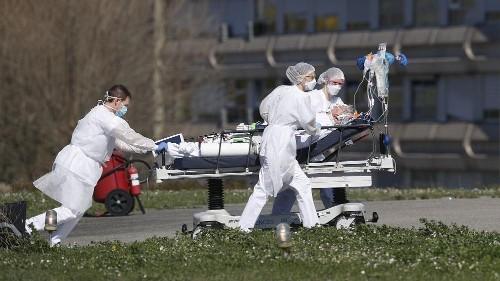 L'Europe à genoux, un espoir en Italie et en Espagne malgré le lourd bilan humain
