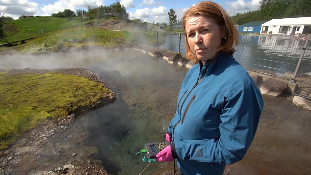 'Virus hunter' in Iceland explores geothermal hot springs for answers