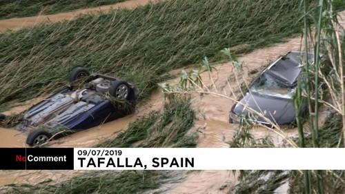 Chuvas torrenciais provocam um morto em Espanha