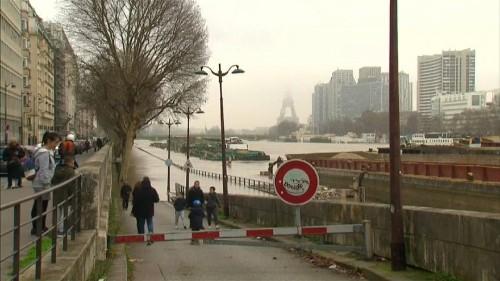 Paris on high alert amid major risk of flooding