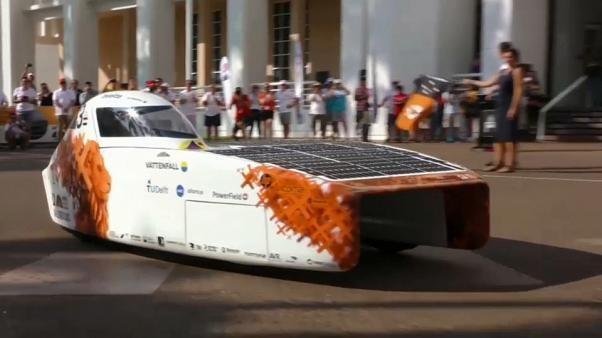 Quer durch die Wüste mit Solar-Antrieb