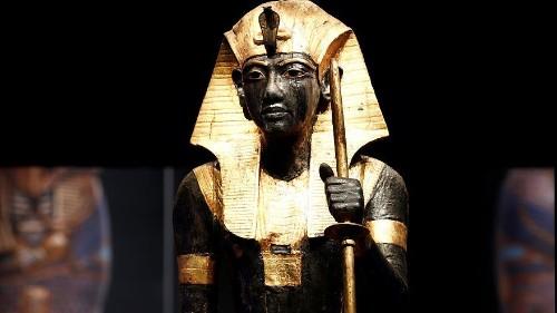 Toutankhamon : le Trésor du Pharaon s'expose à Paris