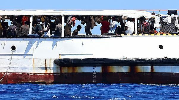 El Open Arms pide la evacuación urgente e inmediata de los 134 migrantes a bordo