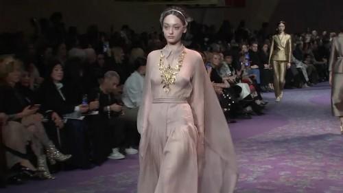 """Christian Dior crée l'événement avec """"The Female Divine"""""""