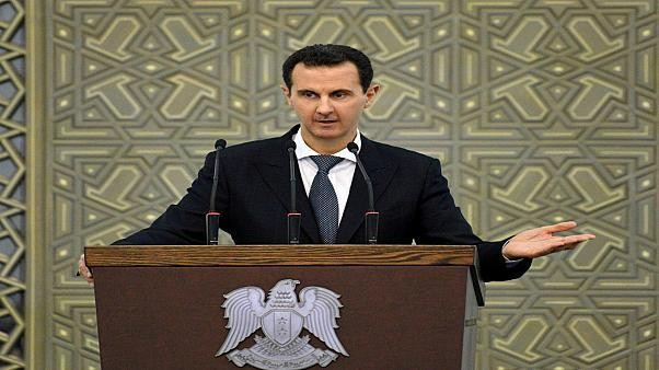 قال متحدث باسم الفاتيكان في بيان إن مبعوثا للبابا فرنسيس أبلغ الرئيس السوري بشار الأسد خلال اجتماع يوم الاثنين بمخاوف البابا إزاء الوضع الإنساني في شمال غرب سوريا.