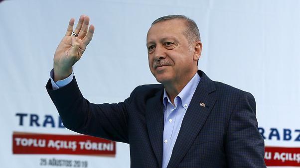 Cumhurbaşkanı Erdoğan'dan kayyum yorumu: Kandil'e para gönderenleri kapıya koyarız