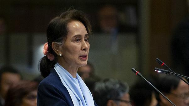 """""""Pas de génocide"""" dit Aung San Suu Kyi devant la Cour Internationale de Justice"""