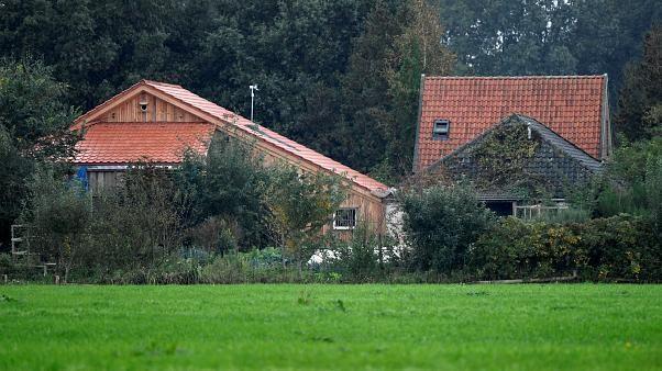Niederlande: Mehrere Menschen leben jahrelang isoliert im Keller