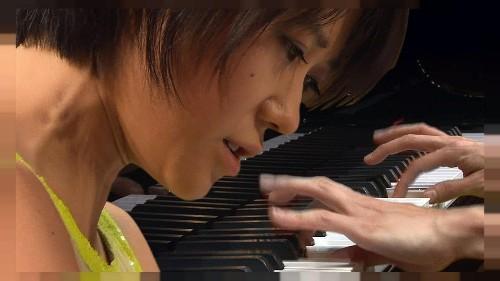 Çinli piyanist Yuja Wang, Viyana'yı Prokofiev ile fethediyor!