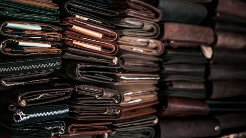 Animal, plant, or plastic based: Which leather should you choose?