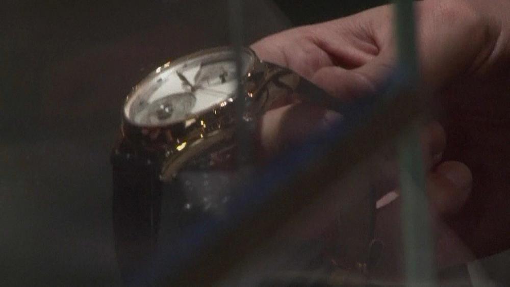 Il Covid-19, la Cina e gli orologi svizzeri