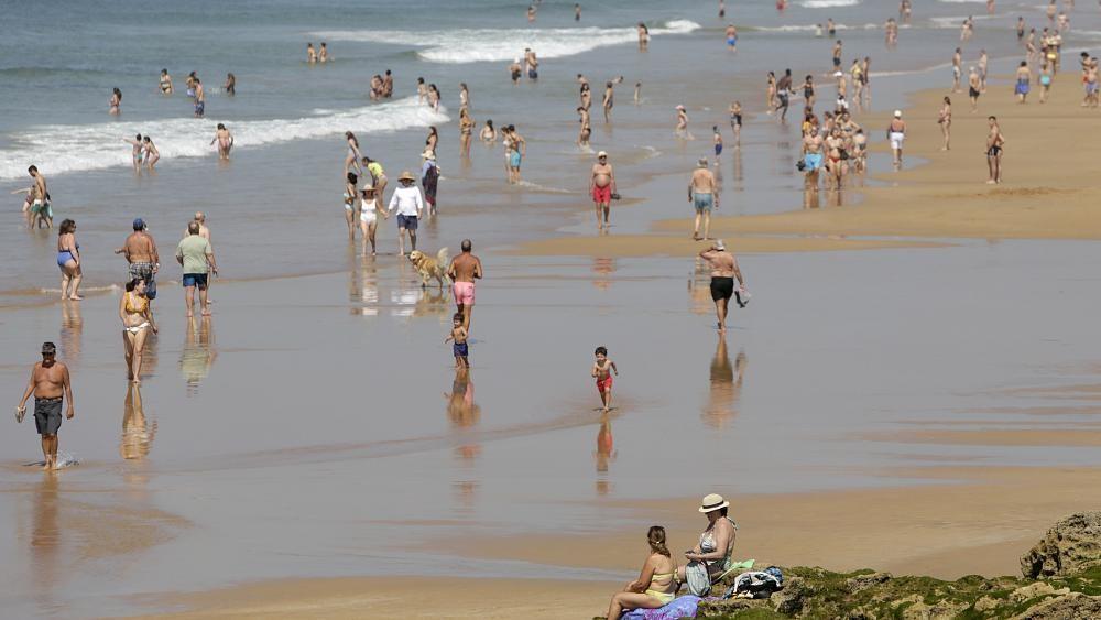 البرتغال تنتقد قرار بريطانيا استثناءها من قائمة الدول الآمنة
