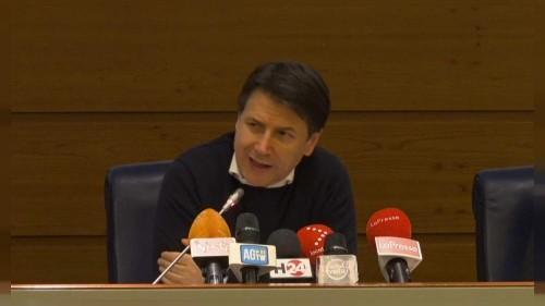 Coronavirus : l'Italie recense plus de 100 cas, onze villes en quarantaine