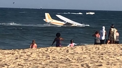 Plane makes emergency landing in shallows off Maryland beach