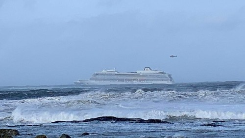 Norway: Emergency services evacuate 1,300 passengers from cruise ship after engine failure