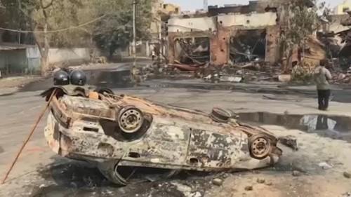 Inde : Violentes émeutes entre hindous et musulmans